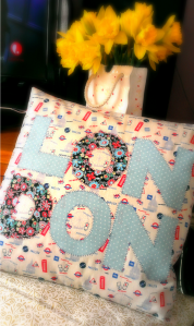London applique cushion