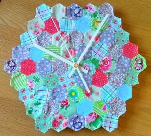 hexie patchwork clock diy