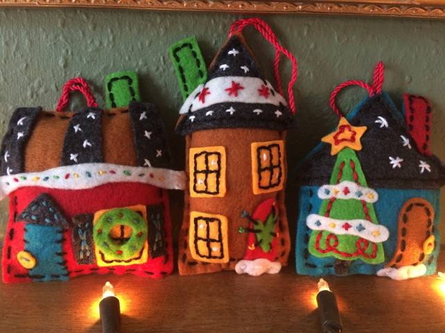 dimensions-holiday-home-felt-ornaments